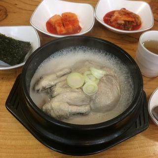 高麗漢方参鶏湯(高麗参鶏湯 (コウライサムゲタン))
