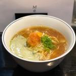 牡蠣のエキス味噌らぁ麺