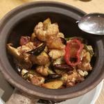 カリフラワーの焦がしニンニク醤油炒め(JASMINE 和心漢菜)