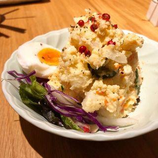 ポテサラ(鶏と野菜 炭焼 久三酉)
