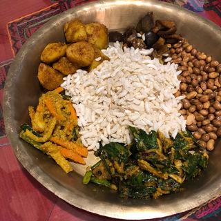カジャセット (ネパール軽食セット)(ネパーリチュロ)