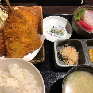 アジフライとカニグラタンコロッケ定食(錦糸町高はし )