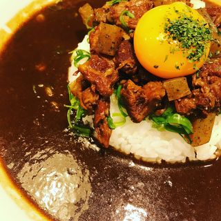 牛すじカレー(タジマヤ Whityうめだ店 (TAJIMAYA))