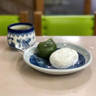 和菓子セット(塩大福、草もち)