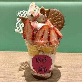 ストロベリーチーズクッキーサンデー(ELK NEW YORK BRUNCH ダイバーシティ東京店)