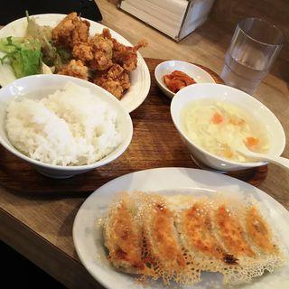 唐揚げ&餃子セット(東京餃子軒 川崎店)