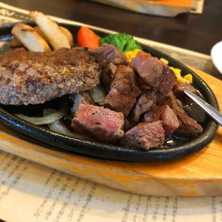 サイコロステーキ&ハンバーグランチ(成しま  草薙店)