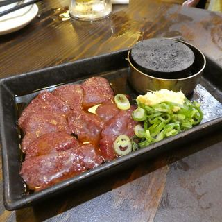 炙る肝(大衆酒場 肉処 マルカツ )