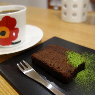コーヒーとケーキのセット(Koyama Coffee(コヤマ コーヒー))