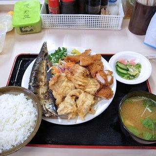 本日の定食(まんぷく食堂 (マンプクショクドウ))