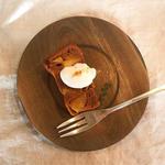 キャラメルりんごのバターケーキ(umi食堂)