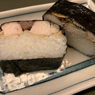 焼きサバ寿司 2ケ(らぁめん登里勝 )