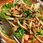 きのことベーコンの温製サラダ