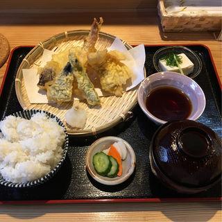 天ぷら定食(和彩てんや)