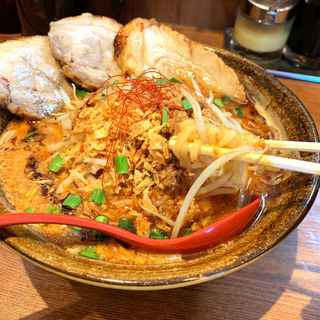 山椒辛味噌炙りチャーシュー麺(芝山商店 )