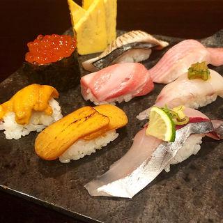 上にぎり盛り合わせ(寿司&bar koleksi)