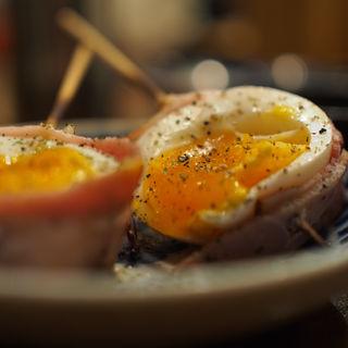 半熟卵ベーコン巻き(やさい串巻き なるとや)