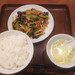 牛モツと豆腐の和え物(ランチセット)(美山飯店)
