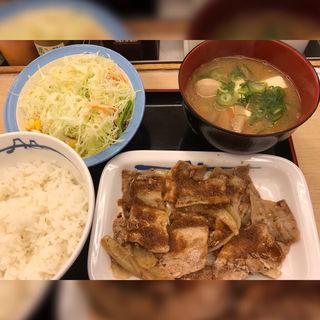 豚バラ生姜焼定食 豚汁変更(松屋 西新宿8丁目店 (マツヤ))