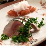 五島鯖の燻製とサーモンの鮭醤油漬(コノ花まひろ )