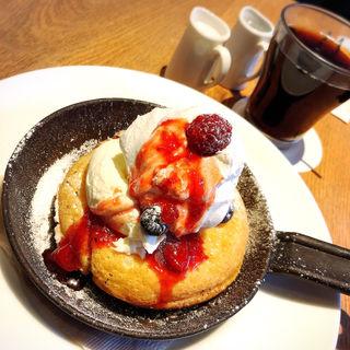 ウィークリーランチ&パンケーキセット(カフェ&ブックス ビブリオテーク 東京・有楽町 (café & books bibliotheque))