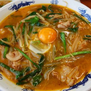 韮辛麺(黄金の福ワンタン まくり (オウゴンノフクワンタン マクリ))