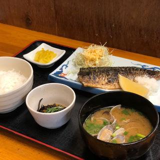 サバの塩焼き定食(博多魚がし 西側食堂街店)