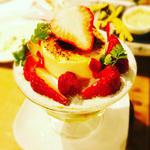 苺とピスタチオムースのフレジェ風(夜)