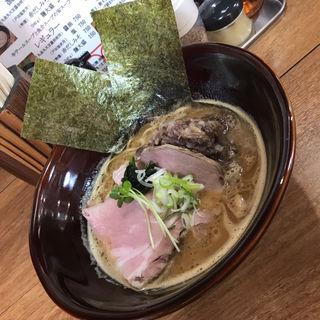 濃厚牛テールスープラーメン 味噌 細麺 牛テール肉トッピング(牛テールラーメン たけめん)
