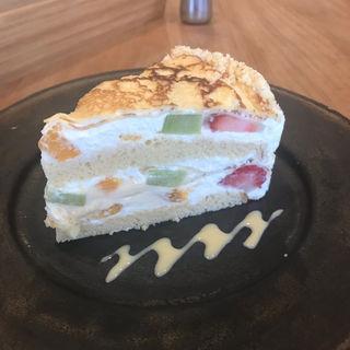 クレープのフルーツケーキ(つむる)