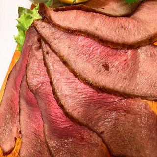 牛タンローストビーフ(牛タン&ワインバル SHITAN'S)