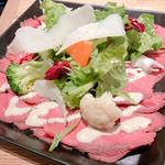 冷製ローストビーフ ツナマヨネーズソース(俺のビストロ&bakery 心斎橋)
