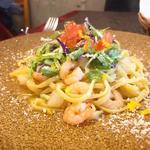 小海老のペペロンチーノ水菜とゆずのサラダ添え