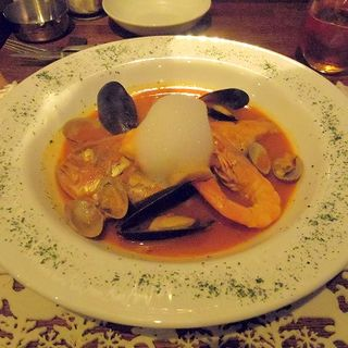 魚貝類のブイヤベース(クリスマスコースメニュー)(鉄板ビストロ La Planche)