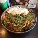 インド風カレー(鯖味噌+野菜)