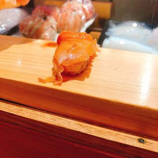 赤貝の握り(つきぢ神楽寿司 屋台店 )