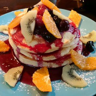 フルーツパンケーキ(ミクラマチパーラー)