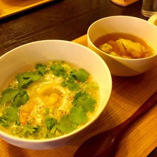 海老とパクチーのレモン粥(テディアンドダディ )