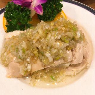 陳さんの蒸し鶏、葱生姜ソース(隆蓮)