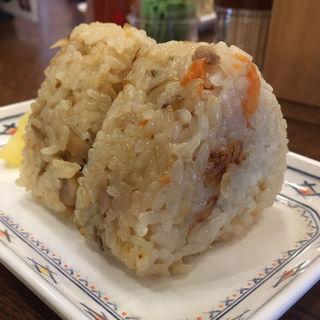 かしわおにぎり(2個)(小麦冶松崎店)