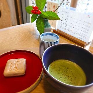 お抹茶(みむろ付き)(白玉屋榮壽本店)