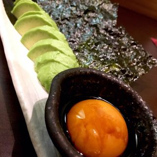 アボカド刺と韓国海苔(和みや)