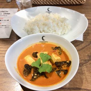 ベーコンと豆腐とキクラゲのカリー(チャントーヤ ココナッツカリー (CHANTOYA COCONUT CURRY))