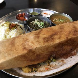 マサラドーサセット(カーンケバブビリヤニ (Khan kebab biryani))