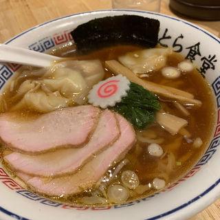 ワンタン麺(とら食堂 福岡分店)