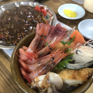 マルトマ丼(マルトマ食堂 )