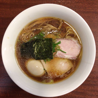 醤油らぁ麺(柳麺 多むら 外旭川店)
