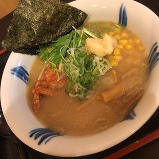 蟹出汁 鶏白湯ラーメン