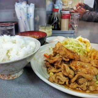 豚生姜焼き定食(盛運亭)