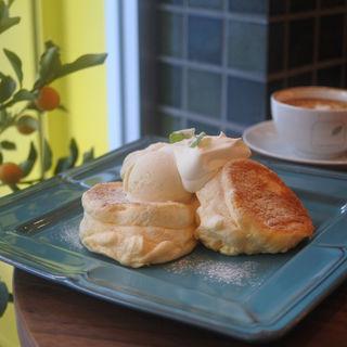 森のパンケーキ(CAFE SHIFT THREE)